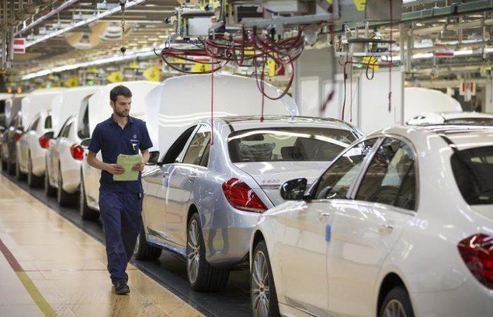 In U.S.-EU trade talks, auto tariffs are too hot to handle